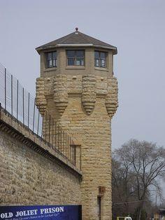 Old Joliet Prison - Northeast Guard Tower Abandoned Prisons, Abandoned Places, Joliet Prison, Japanese Buildings, Prison Life, Building Design, Illinois, Towers, Mansions