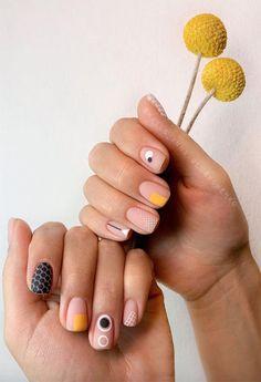 61 Pretty Spring Nails to Copy: Spring Nail Designs for 2020 Nail Design Stiletto, Nail Design Glitter, Stiletto Nails, Stylish Nails, Trendy Nails, Nail Designs Spring, Nail Art Designs, Subtle Nails, Modern Nails