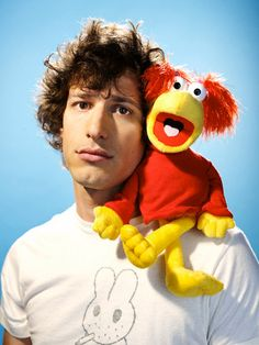 Andy Samberg and Red. You can also catch him in Brooklyn Nine-Nine. Jewish Comedians, Fall Tv Shows, Humble Pie, Jake Peralta, John Mulaney, Donald Glover, Brooklyn Nine Nine, Having A Crush, Funny People