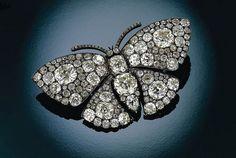Broche en forma de mariposa con diamantes-Lalique 1900-1901