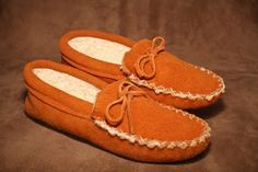 Moose suede lined moccasin slipper. #leather #Canada #handmade #Rockwood #Ontario #like #daily #fashion #hidesinhand