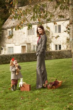Plum Sykes in US Vogue. Just how I'd look in my country house, obvs.