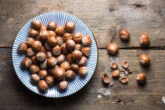 Die haselnuss  #didyouknow #goodtoknow #awesome #hazel #hazelnut #yummy #nerves #nut #lidlösterreich #goodread# interesting #facts #read