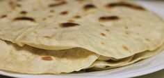 On a grain free diet? No worries! Make your own quick & easy. Once you try cassava flour tortillas, you'll never go back to wheat! Mexican Food Recipes, Real Food Recipes, Vegan Recipes, Cooking Recipes, Ethnic Recipes, Quick Recipes, Homemade Tortillas, Flour Tortillas, Breads