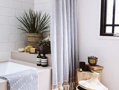 31 best Ideas for bathroom interior inspiration shower curtains Tall Shower Curtains, Extra Long Shower Curtain, Bathroom Shower Curtains, Shower Curtain Boho, Boho Bathroom, Bathroom Styling, Bathroom Interior, Master Bathroom, Feng Shui