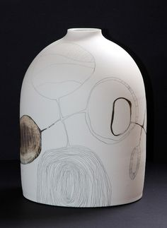 (Australia) Ceramic jar by Tania Rollond ). Fire Art, Ceramic Jars, China Art, Japanese Ceramics, Ceramic Artists, Art Object, Creative Inspiration, Surface Design, Sculpture Art