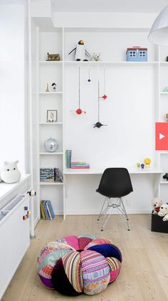 Awesome desk wall for a kid's room...or my office!