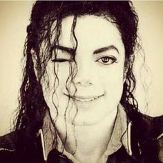 I personally love rare images better than popular images. Most Beautiful Man, Beautiful Smile, Michael Jackson Vivo, Michael Jackson Photoshoot, Rare Images, King Of Music, Jackson Family, Janet Jackson, Wattpad