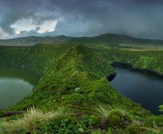Black lagoon and long lagoon, Azores, PORTUGAL ‹ JOEL SANTOS - Photography | Travel photos and Workshops