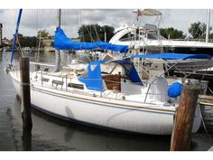 1986 Catalina 36 located in New York for sale