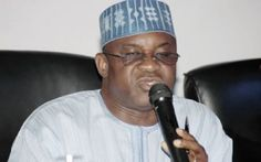 Senate President David Mark barely stopped short of calling those who negotiated the 2009 Federal Government agreement with the Academic Staff Union of Universities foolish.Mark said the government negotiators couldn't differentiate between their right and left hands and that the ASUU leadership too