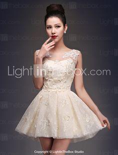 Coquetel Vestido Princesa Decote em U Curto / Mini Cetim / Tule com Apliques / Renda de 2016 por R$190.46