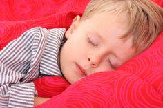 Gdy dziecko moczy się w nocy: http://goo.gl/7XMSZW #nocnemoczenie #dziecko #dzieckomoczysiewnocy