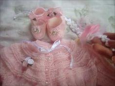 Roupinhas artesanais para as próximas Bebês Reborn, muita fofura!!