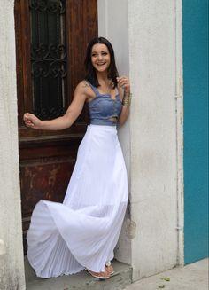Saia longa- Saia plissada longa branca- saia longa branca- saia com cropped- como usar saia longa