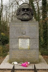 Highgate Cemetery -Karl Marx grave, East Cemetery Wikipedia, the free encyclopedia