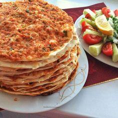 Fındık lahmacun nasıl yapılır Pizza, Fruit, Vegetables, Breakfast, Food, Kitchens, Morning Coffee, Essen, Vegetable Recipes
