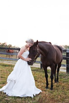 I want a picture with my horse like this on my wedding day (: