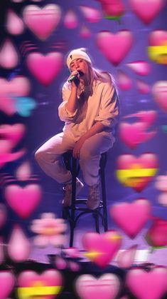 Memes Heart Billie 23 Ideas For 2019 Billie Eilish, Heart Meme, The Kooks, Cute Love Memes, Wholesome Memes, Best Memes, My Idol, Funny Pictures, Singer