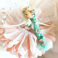 A handcrafted fairy doll made by The Fairy Trail Hello, my name is Helen and welcome to 'The Fairy Trail'. Since I was a child I have had a love of all things magical and fantasy and in 2017 I began to create a magical world of my own. Diy Arts And Crafts, Fun Crafts, Crafts For Kids, Fairy Crafts, Doll Crafts, Pipe Cleaner Fairies, Handmade Christmas Crafts, Felt Fairy, Clothespin Dolls