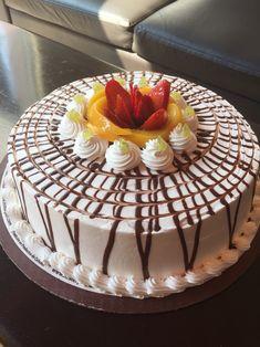 Exquisito pastel de frutas