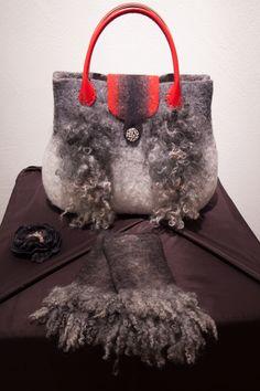 felt bag and mittens by Christa Heiz