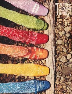 Shoes 1965 - 1966 Mod Retro Colorful Shoes and Stockings 60s Shoes, Shoes Ads, Retro Shoes, Vintage Shoes, Vintage Outfits, Women's Shoes, 60s And 70s Fashion, Mod Fashion, Vintage Fashion