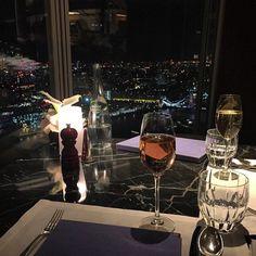 Pinterest: Niki Lola'Monroe✨ Romantic Places, Romantic Moments, Luxe Life, Glamour, Expensive Taste, Rich Life, Luxury Living, Life Goals, Luxury Lifestyle