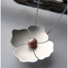 Poppy Pendant with Pink Pearl
