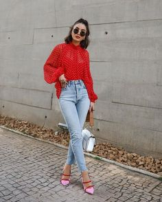Trendy Womens Fashion For Summer Casual Cute Outfits Street Styles 15 Ideas Moda Outfits, Chic Outfits, Spring Outfits, Fashion Outfits, Womens Fashion, Outfit Summer, Red Top Outfit, Casual Chic, Jean Moda