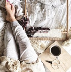 "405 Likes, 18 Comments - Anna | Weavingmystory (@weavingmystory) on Instagram: ""Sunday lazing on the bed & pajama weaving🙈➰ Happy Sunday friends!"""