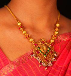 Marvelous design #Gold #Chain #Indian #Ethnic #SreeAnnaiJewels #Jewelry. #SreeAnnaiJewels For Bookings call: 9994948767 http://www.sreeannaijewels.in/