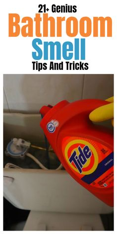 Bathroom smell hacks, tips, and tricks. Diy Home Cleaning, Household Cleaning Tips, House Cleaning Tips, Diy Cleaning Products, Cleaning Solutions, Deep Cleaning, Cleaning Hacks, Bathroom Hacks, Bathroom Cleaning