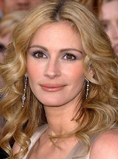 #Julia Roberts    Thanks for viewing. Feel free to Pin, Like, or Comment.