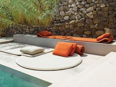 Chaise longue de jardin en polyester FLEX Collection Aqua by Paola Lenti