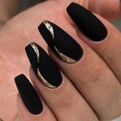 Black and gold wave nail design – Black And Gold Nails - Water Gold Acrylic Nails, Black Nails With Glitter, Black Coffin Nails, Matte Black Nails, Black Nail Art, Matte Gold, Sparkle Nail Designs, Manicure Nail Designs, Nails Design With Rhinestones