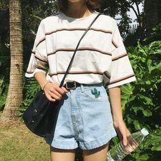 Women's T-shirts Japan Harajuku Ladies Ulzzang Student Summer Tide Loose Stripe Top Female Korean Kawaii Clothe For Women Tshirt. Mode Outfits, Korean Outfits, Retro Outfits, Grunge Outfits, Trendy Outfits, Vintage Outfits, Vintage Shorts, Dress Vintage, Vintage Fashion