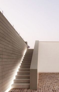 Clean outdoor staircase at the 'Casa delle Bottere' by John Pawson.