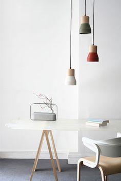 Scopri Sospensione Cement Wood -/ Ø 13 cm, Legno / Diffusore: bianco di Spécimen Editions, Made In Design Italia