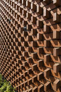 Parham Taghioff, Admun Design & Construction Studio · Aperture · Divisare