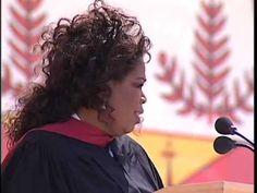 A very touching speech: Oprah Winfrey's Stanford Commencement Address Graduation Speech, A Classroom, Classroom Quotes, Sucess Quotes, Bookshelf Speakers, Great Life, Inspirational Videos, Oprah Winfrey, Tv Commercials