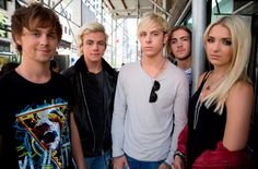 "More Details On R5 Being Vevo LIFT Artists Of October 2014, Their Performance On ""GMA"""