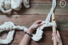 DIY chunky wool scarf treasuresandtravelsblog.com