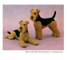 Kerri Pajute, look at the expression on the one laying down Wool Needle Felting, Needle Felted Animals, Felt Animals, Airedale Terrier, Fox Terrier, Lakeland Terrier, Felt Dogs, Wool Art, Animal Sculptures