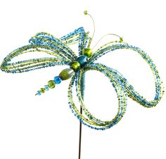 Our delicate-looking Dragonfly Stake adds a fanciful element to your garden
