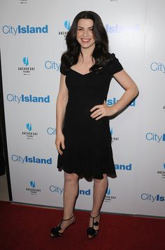 "Julianna Margulies Photos - Premiere Of Anchor Bay Films' ""City Island"" - Arrivals - Zimbio"