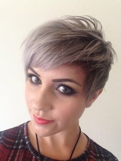 Short assymetric undercut grey silver blonde hair mac makeup smokey eye