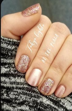 I am LOVING this classy mani! Color Street is so easy to apply and looks beautiful for up to 14 days! Tokyo Lights and At the Plaza is a new favorite combination of mine! Nail Color Combos, Nail Colors, Neutral Colors, Manicure Y Pedicure, Shellac Nails, Fabulous Nails, Gorgeous Nails, Cute Nails, Pretty Nails