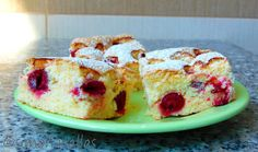 Sour Cherry Sponge Cake Fruit desserts are perfect, especially on summer; and sponge cake with sour cherries is one of my favorites. Fruit Sponge Cake, Sponge Cake Recipes, Cherry Desserts, Cherry Recipes, Sour Cherry Cake Recipe, Salty Cake, Strawberry Cakes, Food Cakes, Savoury Cake