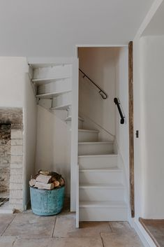 """18 mai 2020 - Logement entier à The Idyllic """"Cotswold Farm Hideaway – Whitehall Cottage and Willow Cottage are two fully renovated farm cottages offering complete privacy, nestled. Cottage Staircase, Loft Staircase, Attic Stairs, House Stairs, Staircase Design, Spiral Staircases, Small Cottages, Loft Room, Attic Remodel"""